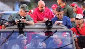 Recorrido con el Comandante Hugo Chávez por el sector Blandín de la carretera vieja Caracas - La Guaira