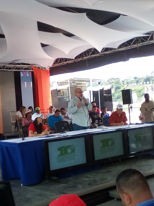 Francisco Ameliach invitó a los jóvenes